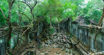 Temple ruins of Beng Mealea Temple.