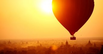 Hot air baloon over Thousands of temples in Bagan, Myanmar