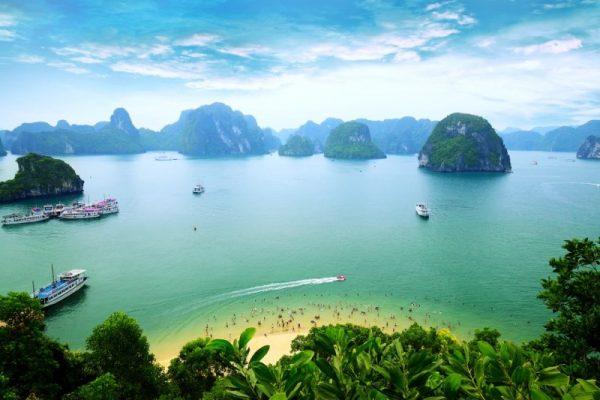 Halong Emerald Bay, Vietnam
