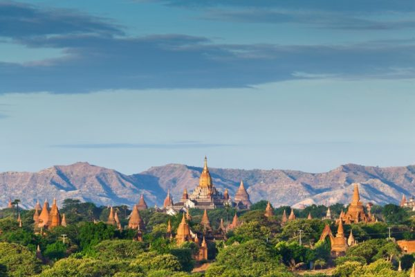 Valley of a Thousand Temples in Bagan