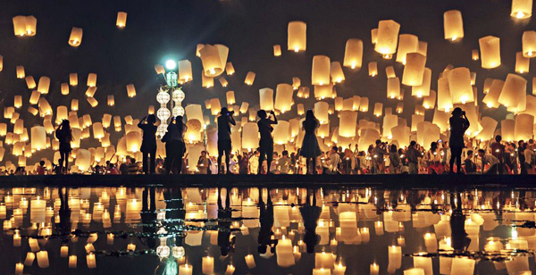 Thailand Lantern Festival Ultimate Travel Guide   Luxe Voyage Asia